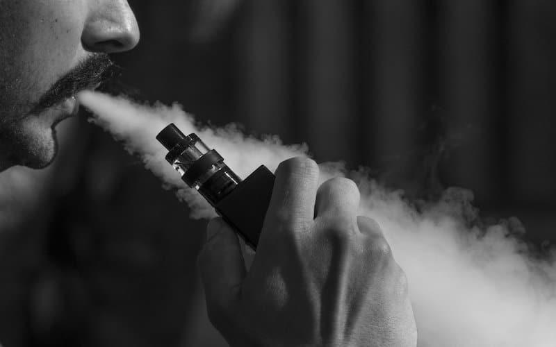 Cigarette électronique autorisée dans cafés/hôtels/restaurants